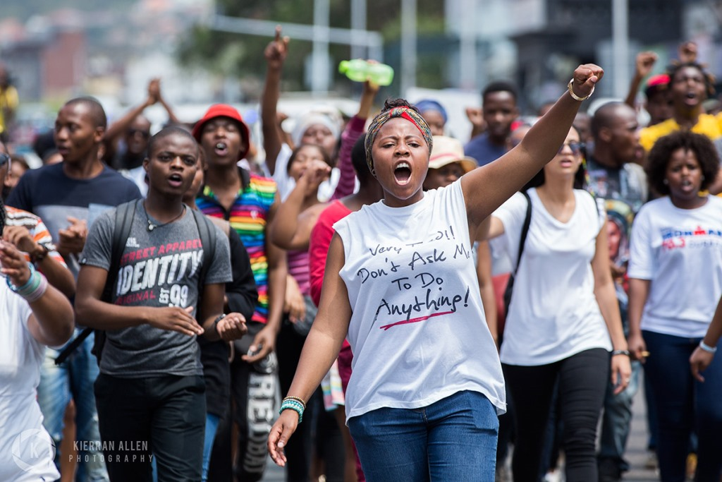 South Africa students protest against rise in fees (7)